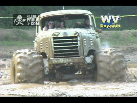 Open Pit Mud Bog Ohio Mudfest July 13, 2013 Newark, OH