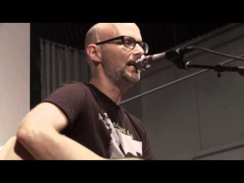 Moby Performs - The Perfect Life - Live Sonos Studio