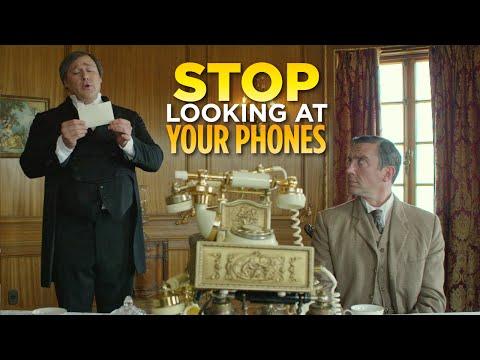전화기 좀 그만 쳐다봐 (Stop Looking at Your Phones) - 영어 원어민들이 자주 쓰는 영어