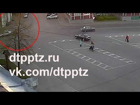 На проспекте Ленина столкнулись мотоциклист и кроссовер