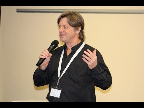 Launching South Africa's first interactive digital magazine - Brent Meder - Footnote Summit 2013