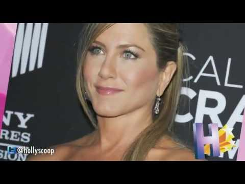JENNIFER ANISTON ATTEMPTING 'CUPPING' TO INCREASE FERTILITY