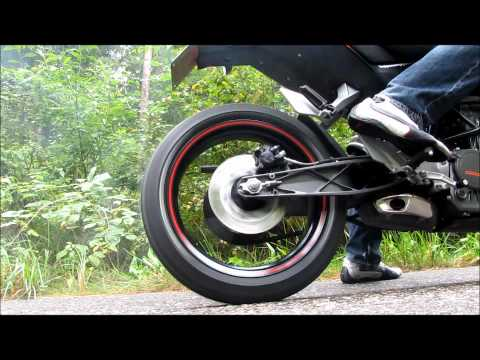 Ktm Duke 125 Tuning, burnout and self-made number plate holder