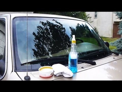how to clean windshield with vinegar