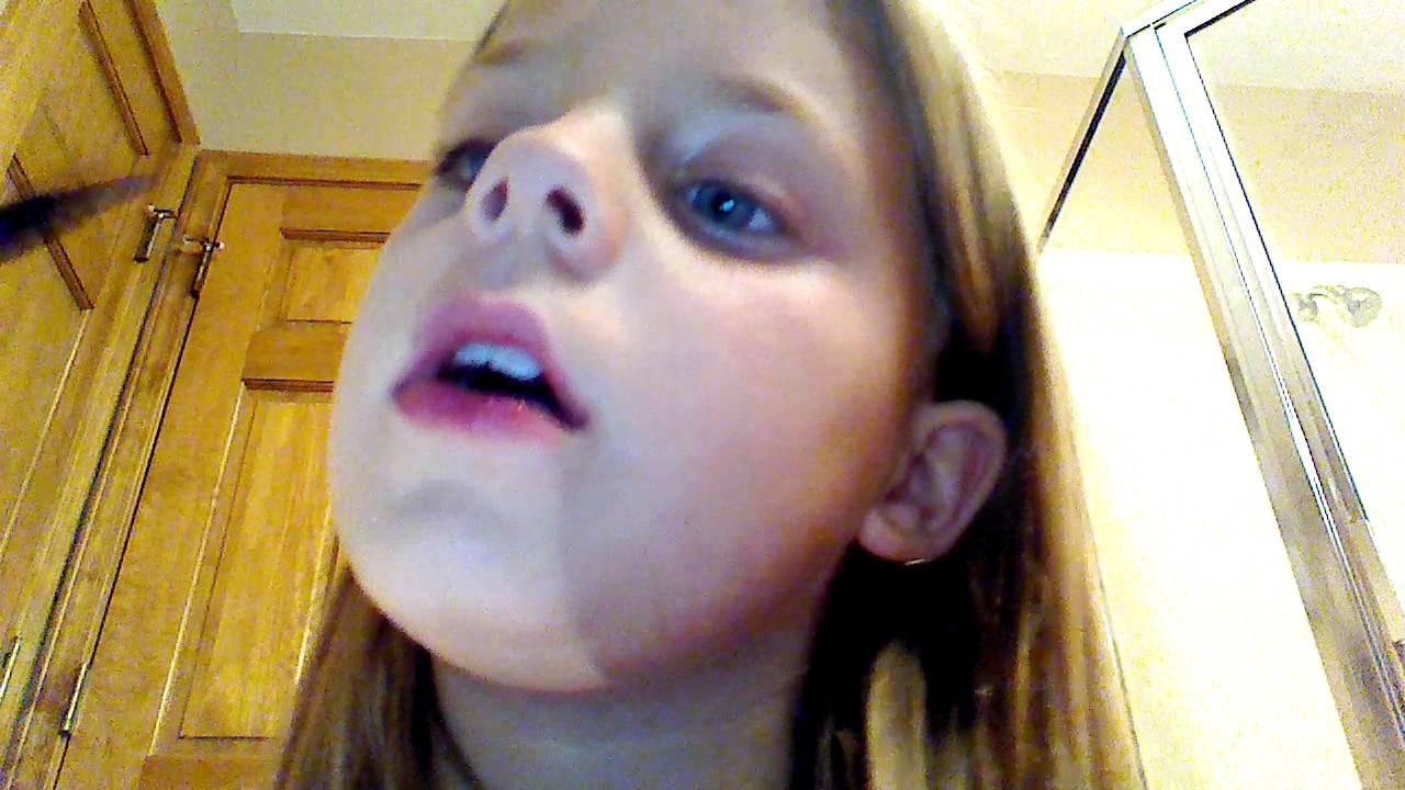 Abbyu0026#39;s Makeup Tutorial For Little Girls - YouTube