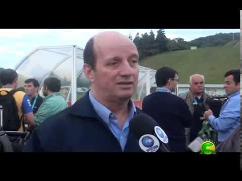 Entrevista com Marcos Uchoa