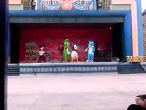 nhảy gang nam cùng nhân vật hoạt hình :D