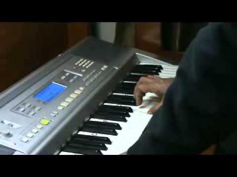 main shayar to nahi .. on piano by mmv film bobby