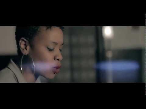 image vidéo  MOH feat. Tati James - Je Peux Pas - Réalisé par Beat Bounce