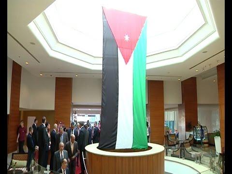 الفلسطينيون يشاركون الاردنيين يوم استقلالهم