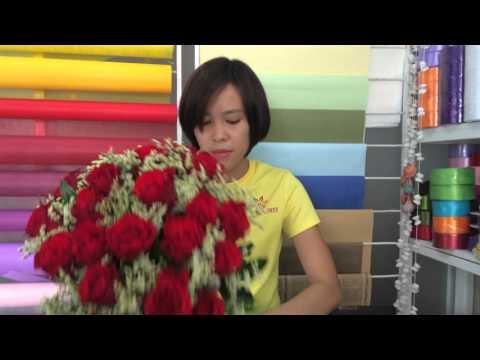 Dạy Cách Bó Hoa Căn Bản - http://thuydungflower.vn