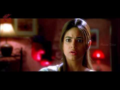 Meera Chopra Came To Nithin Bed Room Alone    Maaro Movie