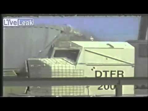 Kenhvideo.com-Những vụ tai nạn tàu hỏa khủng khiếp được ghi lại