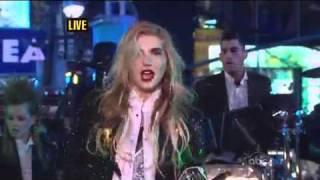 Ke$ha We 'R Who We 'R Tik Tok (Live Dick Clark's New