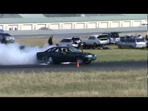 1 Green And Black Holden VP V6 Commodore At Burnout Warriors Goulburn 9 12 2012