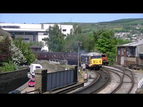 Keighley &amp; Worth Valley Railway Diesel Gala - 25th May 2012