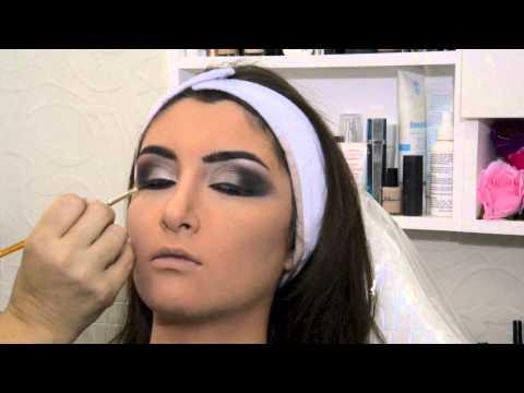 Yollande Touch Salon Makeup