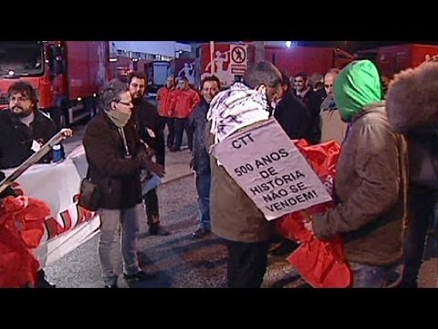 Portugal postal workers strike over privatisation - economy