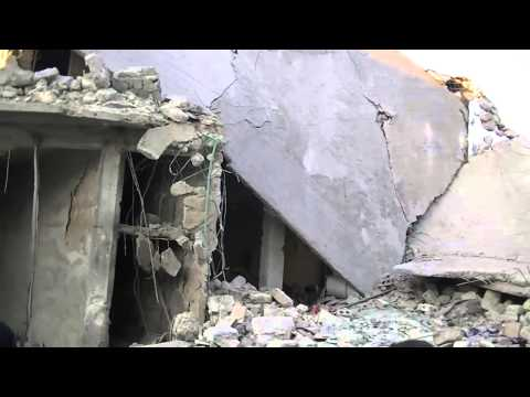Aleppo - ALmarjeh - 23/12/2013 - The distruction after Assad troops shelling P2