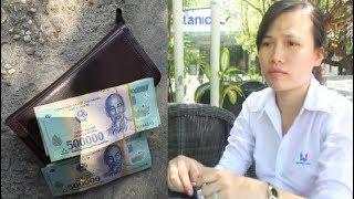 Nữ NV bị cho nghỉ việc vì nhặt được cọc tiền gần 40 triệu và nói sẽ trả lại cho khách