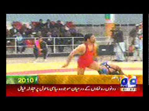 The best Pakistani wrestler Muhammad Mustafa pehlwan Gold Medal National Games Olimpics Peshawar 28 dec 2010