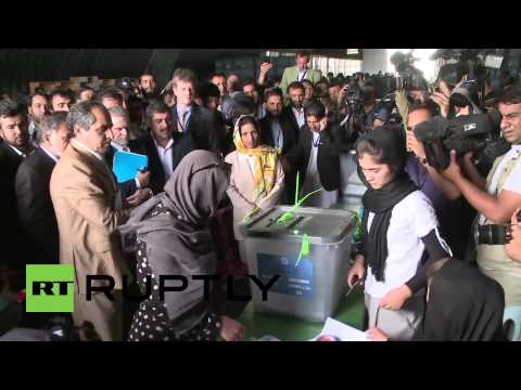 Afghanistan: UN supervises election recount