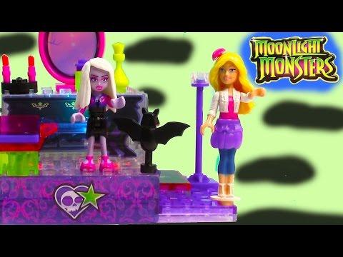 Moonlight Monsters Vampiez Vanity Playset Lite Brix Lego Barbie Luna Ghoul Doll Light Up