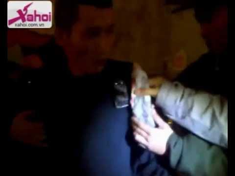 Nhat ky 141 - Video 141 mới nhất - Clip 141 Xe ôm mang dao chọc tiết lợn đi thuê taxi