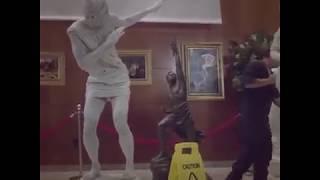 Discóbolo huye del museo