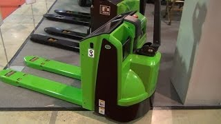 [Osaka CBD20-TC1 Pallet Truck Exterior and Interior in 3D 4K UHD] Video