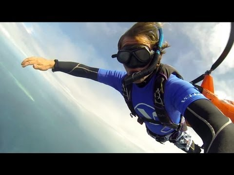 1 Day in Paradise -- Scuba Skydiving. Gulliver Page.