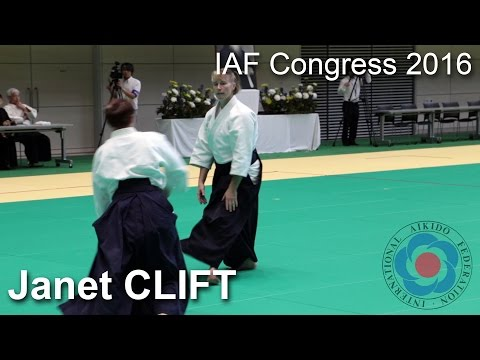 Demonstration by Janet Clift - 12th IAF Congress in Takasaki
