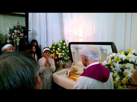 Tang Lễ nhạc sĩ Việt Dũng ngày 30 tháng 12, 2012 tại nhà quàng Peek Funeral -- 7