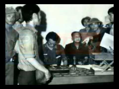 Tổng thống Dương văn Minh tuyên bố đàu hàng vô điều kiện 30/4/1975