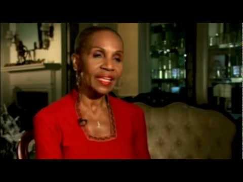 Ernestine Shepherd - 74 Year Old Female Body Builder