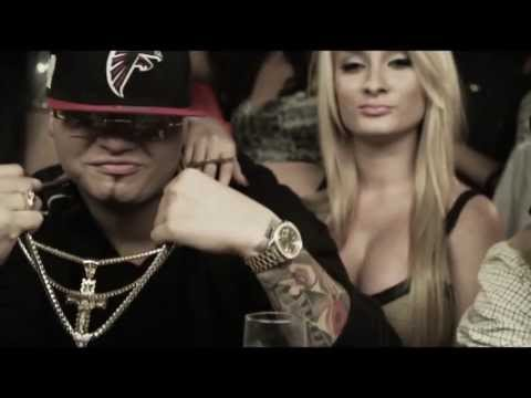 Farruko Ft. Polako Y Yomo -- Tiempos Remix (Official Video)