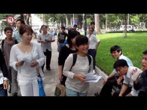 VOA: Công an trấn dẹp buổi Dã ngoại Nhân quyền, đánh đập người tham gia