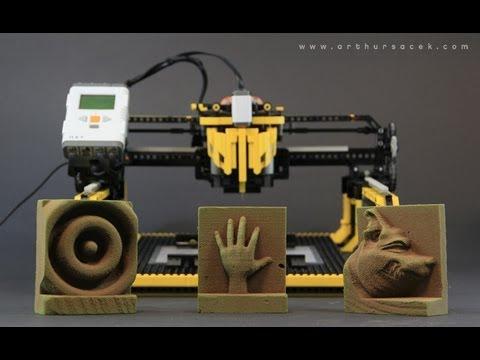 Assista Fresadora CNC com pe�as de Lego