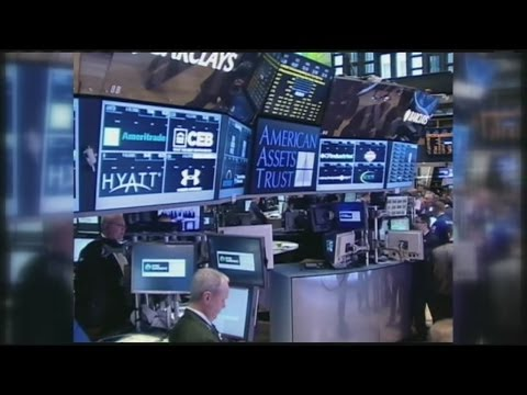 Dow flirts with 17,000 as market sets new highs