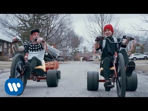 twenty one pilots: Stressed Out
