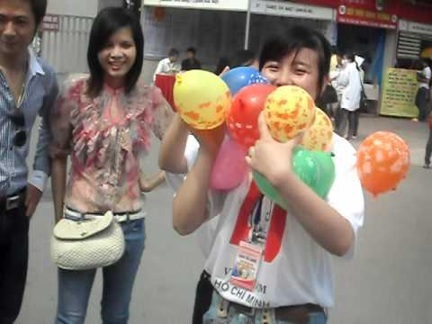 Trò chơi thổi bóng - Sàn Giao dịch TMĐT muahangvietnam.vn