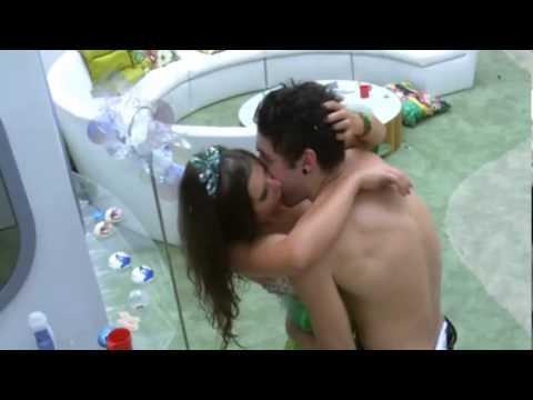 BB13 Nasser e Andressa trocam beijos - Nasser  fica de Pau duro