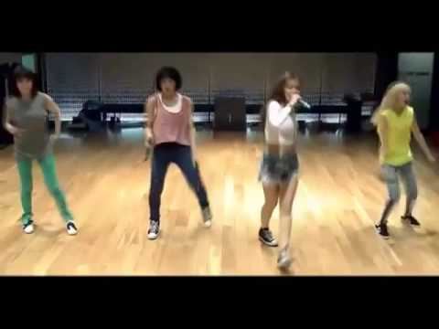 {SXA COLLAB} 2NE1- Falling In Love