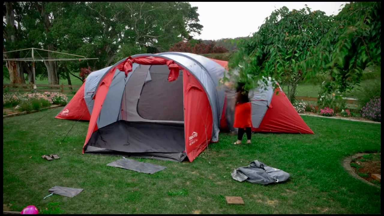 Time lapse HD - Kathmandu tent pack-up