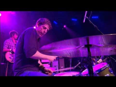 The Black Keys - Tighten Up (Live Glastonbury 2010) (High Definition) (HD)