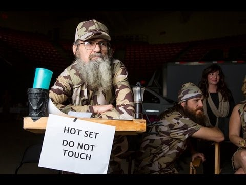 Duck Dynasty (Uncle Si Robertson) REMIX - Si's Grill Rap Music Video