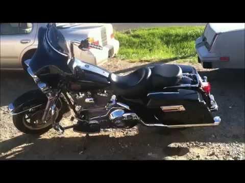 mini bike outruns Harley Davidson Electra Glide!!!!!