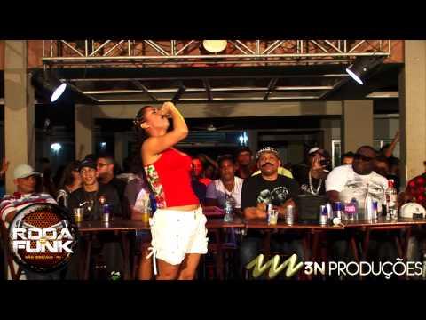 MC Marcelly :: Lançamento 2013 - Respeita o Moço :: Roda de Funk