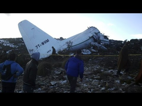 Algeria mourns plane crash victims