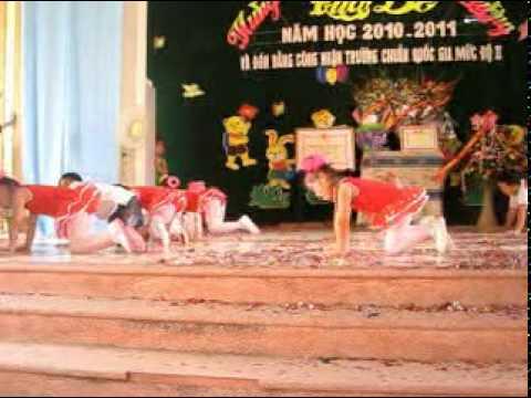 Múa hát khai giảng NH 2010-2011 (Chim chích bông)